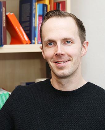 Pfarrer Dr. Christian Blumenthal